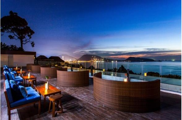 Centara Blue Marine Resort & Spa - Photo