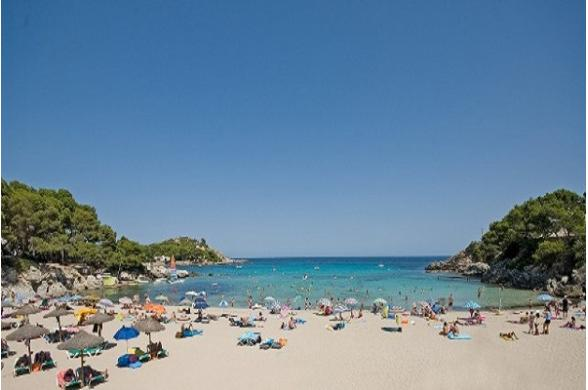 Naya Club Beach Club Font De Sa Cala - Photo