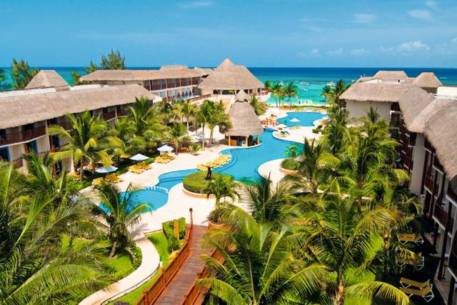 The Reef Coco Beach