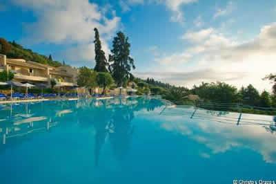 A�olos Beach Resort