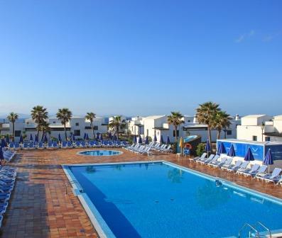 Club Coral Beach