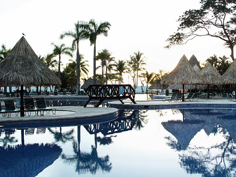 Barcelo Playa Tambor Resort & Casino