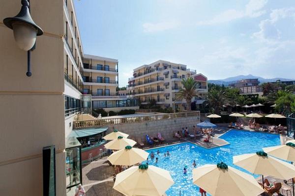 Aquamarina Hôtel & Resort 4*